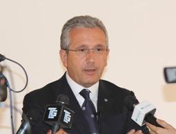 DL Fare: Librandi (SC), su equitalia Berlusconi esulta ma fu lui a inasprire le norme