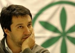 Ue: Librandi (SC), Salvini scimmiotta maldestramente Grillo