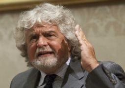 Ue: Librandi (Sc), voti a Grillo buttati, unica sua riforma cambio Inno