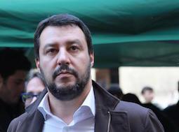 Lega: Librandi, Salvini si fa eleggere da club amici e fan