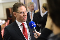 Jyrki_Katainen_(13581352754) copia